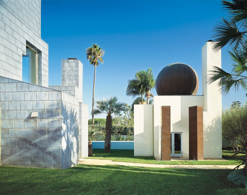 Frank Gehry's Schnabel house.jpg