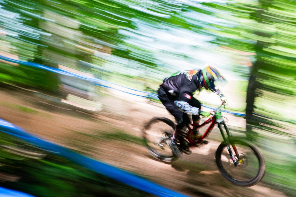 How to add action to photos by panning