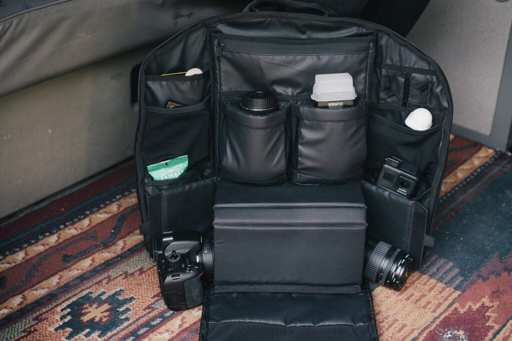 WANDRD Duo Daypack compartments