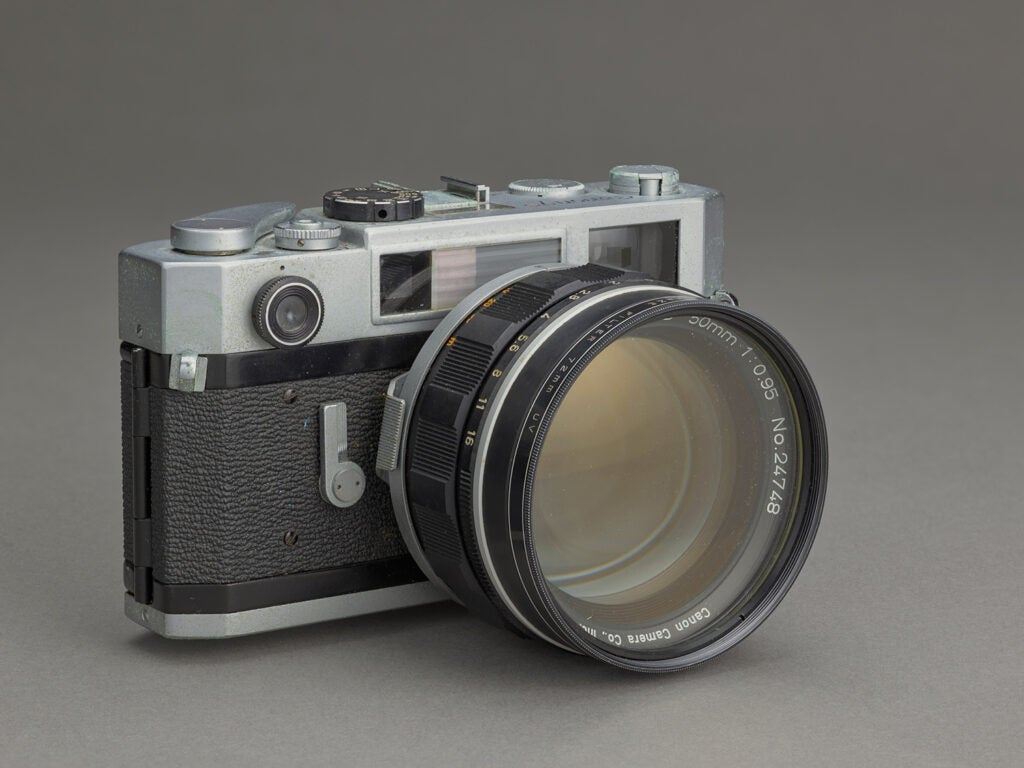 Canon S 35mm camera with rare F2 lens