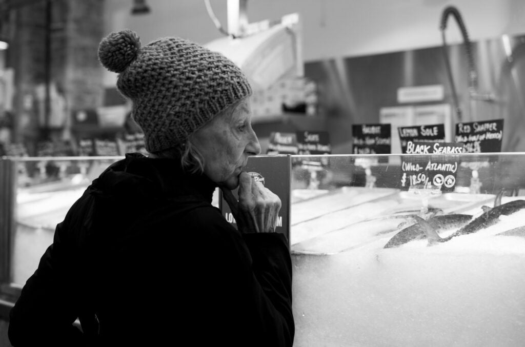 Leica M10 Monochrom sample of woman in hat